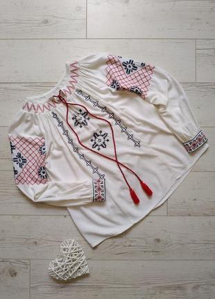Блуза  рубашка вышиванка р.8