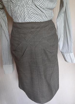 Классная деловая юбка фирмы warehouse
