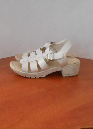 Красивые босоножки сандалии для вашей принцессы от бренда geoge, р-р 33 код d3304