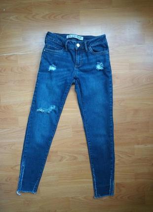 Хит сезона. укороченные обрезанные джинсы