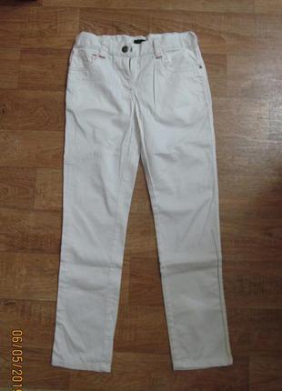 Фирменные лёгкие джинсы