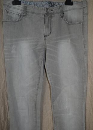 Armani exchange стильные джинсы