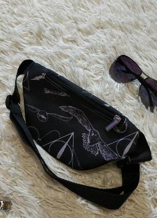 Молодежная, детская, бананка, поясная сумка с ярким принтом.3 фото
