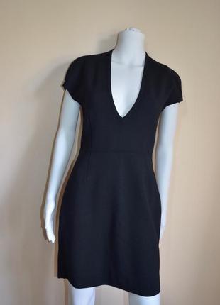 Красивейшее шерстяное платье prada