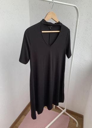 Платья -футболка чёрная с чокером