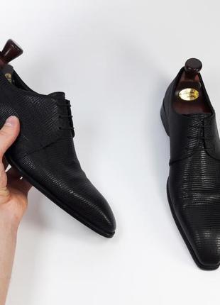 Hugo boss made in italy кожаные туфли броги оксфорды черного цвета  размер 43