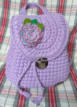 Вязанный рюкзак из трикотажной пряжи