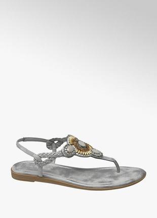 Серые сандали с камнями босоножки на танкетке вьетнамки серые