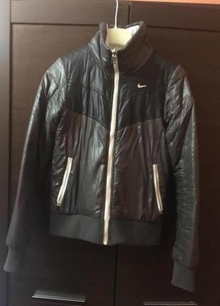 Куртка от nike
