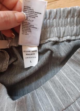 Трикотажные брюки штаны colin's серого цвета в белую полоску4 фото