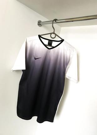 Женская спортивная легкая футболка майка топ nike найк амбре омбре белая с чёрным