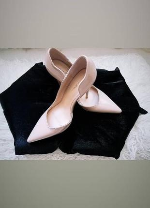 Лабутени/ туфлі