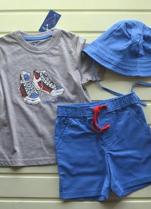 Летний комплект три вещи шорты футболка панама. германия