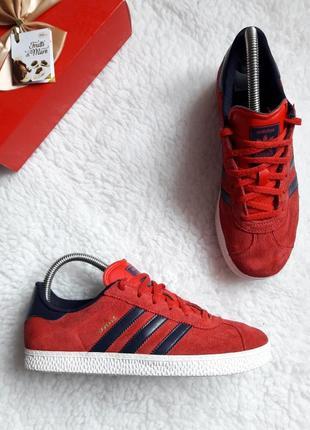 Кроссовки adidas gazelle q22888