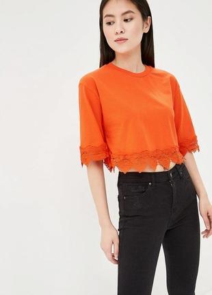 Оранжевая футболка topshop с кружевом. яркая блуза, топ, кофта