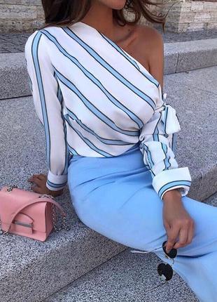 Блуза новая на одно плече