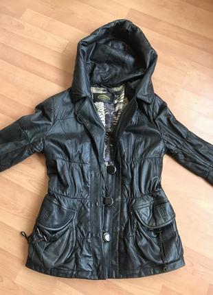 Кожаная куртка на осень