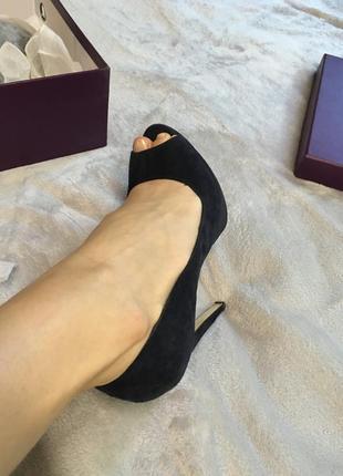 Туфли с открытым пальчиком, натуральный замш! 35 размер!