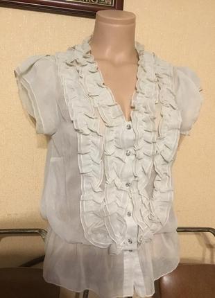 Фирменная блуза с коротким рукавом прозрачная с рюшами от atmosphere р.м-л