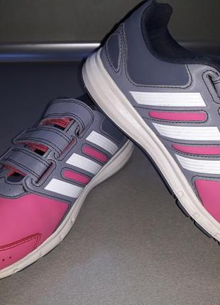 Кроссовки для девочки adidas р.33