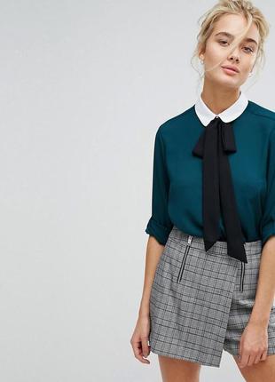 Шикарная  блуза изумрудного цвета stradivarius