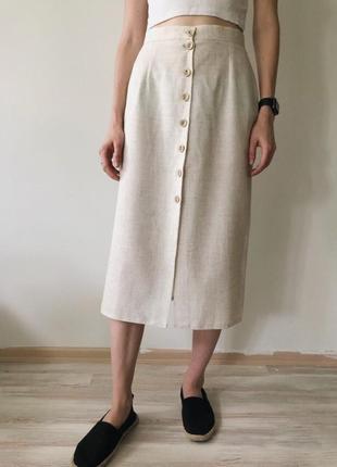 Трендовая льняная миди юбка с пуговицами
