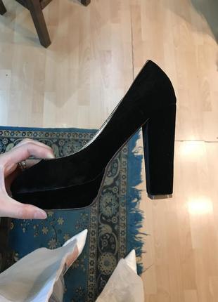 Бархатные вечерние туфли квадратный каблук
