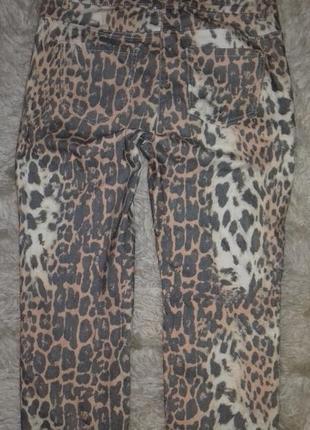Летние джинсы расцветка лео5 фото
