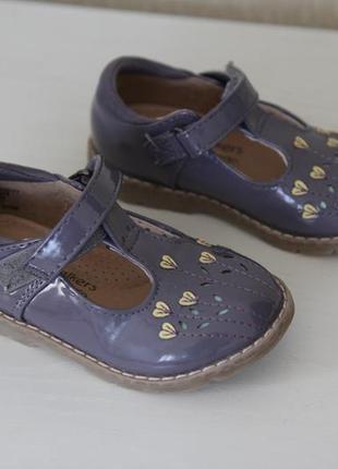 Нежные босоножки сандалии туфли на девочку first walkers by george p.6 (14,5 см)