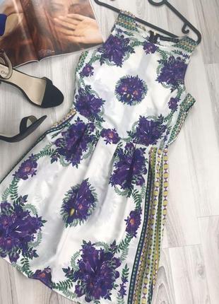 Красивое летнее платье цветочный принт