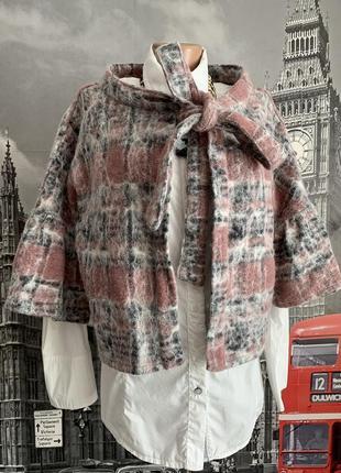 Італійська накидка з валяноі шерсті, бренд