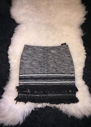 Юбка бохо с вышивкой материал по типу вязаный