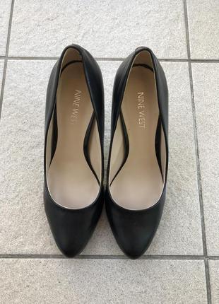 Кожаные туфли на каблуке nine west