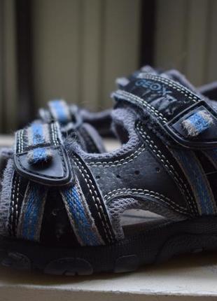 Кожаные босоножки сандали геокс
