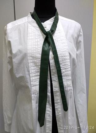 Зелёный галстук из натуральной кожи
