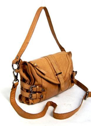 Topshop. актуальная кожаная сумка через плечо.