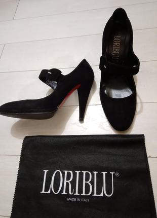Роскошные замшевые туфли статусного итальянского бренда loriblu