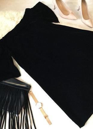 Роскошное велюровое бархатное платье от river island с широким рукавом и откр. плечами💄💋