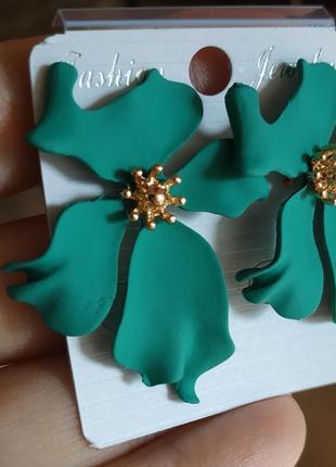Серьги цветочек сережки