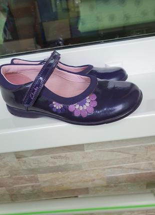 Туфли clarks с мигалками