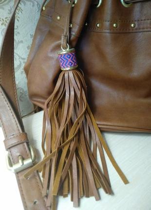 Стильная сумка с бахромой2 фото