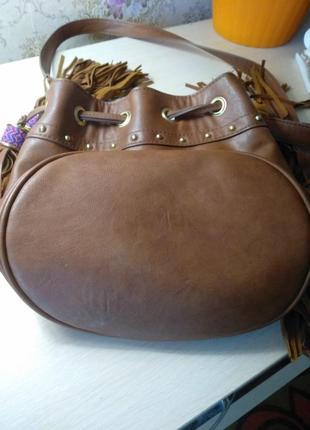 Стильная сумка с бахромой6 фото