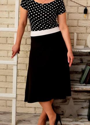 Красивое платье в горошек l