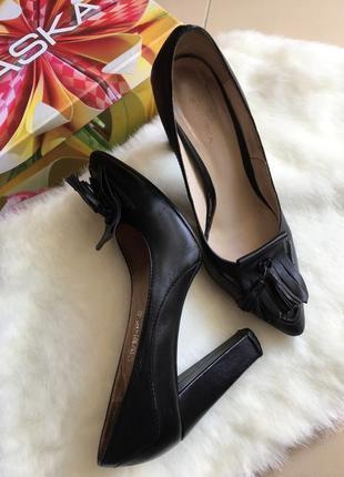 Кожаные туфли braska туфлі натуральна шкіра