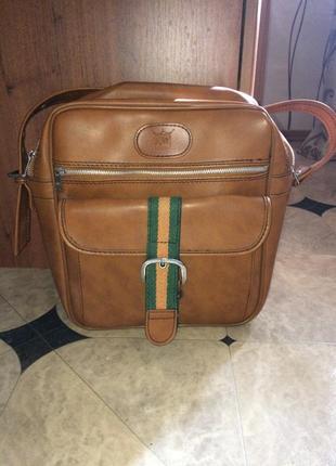 Крутая  кожаная сумка