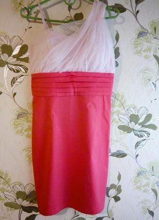 Платье футляр кораллового цвета праздничное платье фатин