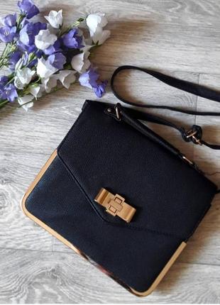 Классическая черная сумка планшетка портфель с золотой фурнитурой
