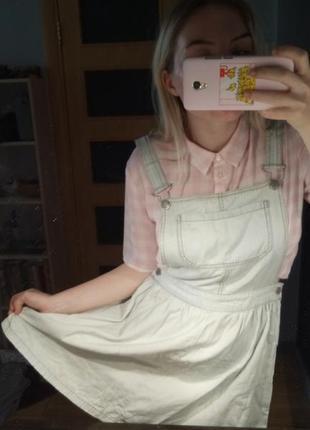 Комбинезон с юбкой, светлый джинс.