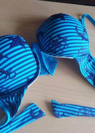 Ярко-голубой летний купальник с push up и морской темой