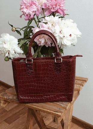 Шикарная сумка под крокодила от m&s